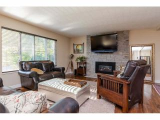 Photo 3: 4983 197A Street in Langley: Langley City House for sale : MLS®# F1449254