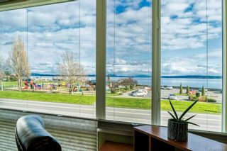 Photo 1: 214 9560 Fifth St in : Si Sidney South-East Condo for sale (Sidney)  : MLS®# 865991