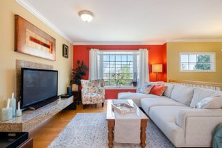 Photo 5: 2247 CAPE HORN Avenue in Coquitlam: Cape Horn House for sale : MLS®# R2569259
