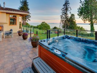 Photo 19: 1721 OCEAN PARK Road in Surrey: Crescent Bch Ocean Pk. House for sale (South Surrey White Rock)  : MLS®# R2622628