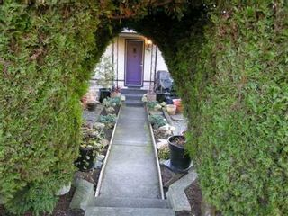 Photo 10: 307 W 23RD Street in North Vancouver: Central Lonsdale House for sale : MLS®# V628205