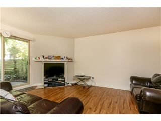 "Photo 4: 10531 HOLLY PARK LN in Surrey: Guildford Townhouse for sale in ""HOLLY PARK"" (North Surrey)  : MLS®# F1404080"