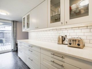 """Photo 15: 3 3370 ROSEMONT Drive in Vancouver: Champlain Heights Townhouse for sale in """"ASPENWOOD"""" (Vancouver East)  : MLS®# R2493440"""