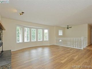 Photo 2: 3279 Sedgwick Dr in VICTORIA: Co Triangle House for sale (Colwood)  : MLS®# 754950