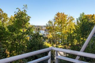 Photo 2: 7 864 Central Spur Rd in Victoria: VW Victoria West Row/Townhouse for sale (Victoria West)  : MLS®# 886609