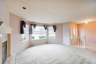 Photo 5: 20052 49A Avenue in Langley: Langley City House for sale : MLS®# R2536191