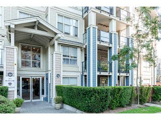 """Photo 4: 401 275 ROSS Drive in New Westminster: Fraserview NW Condo for sale in """"The Grove"""" : MLS®# V1128835"""
