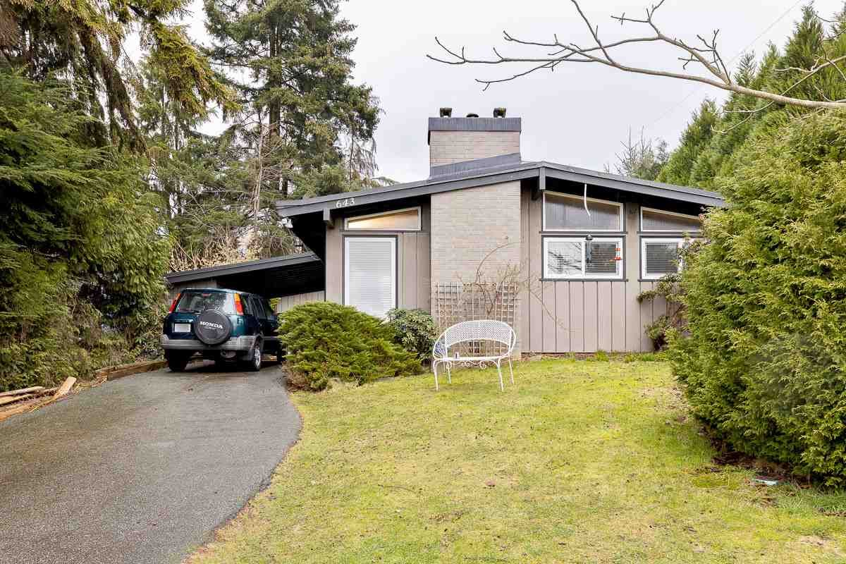 Main Photo: 643 SHAW Avenue in Coquitlam: Coquitlam West House for sale : MLS®# R2531309