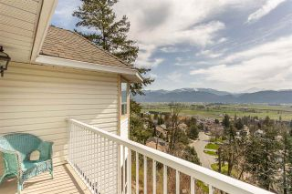 "Photo 18: 35946 EAGLECREST Place in Abbotsford: Abbotsford East House for sale in ""Mountain Village"" : MLS®# R2561219"