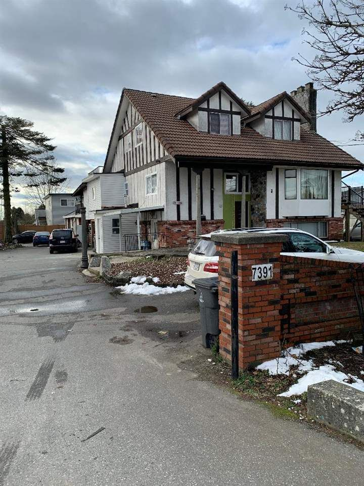 Main Photo: 7391 124 Street in Surrey: West Newton House for sale : MLS®# R2540241