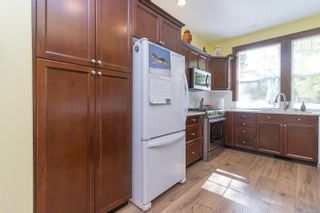 Photo 13: 745 Rogers Ave in : SE High Quadra House for sale (Saanich East)  : MLS®# 886500