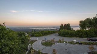 Photo 33: 1437 CHARTWELL Drive in West Vancouver: Chartwell House for sale : MLS®# R2625774