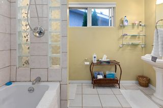 Photo 21: 8216 151 Street in Edmonton: Zone 22 House for sale : MLS®# E4257771