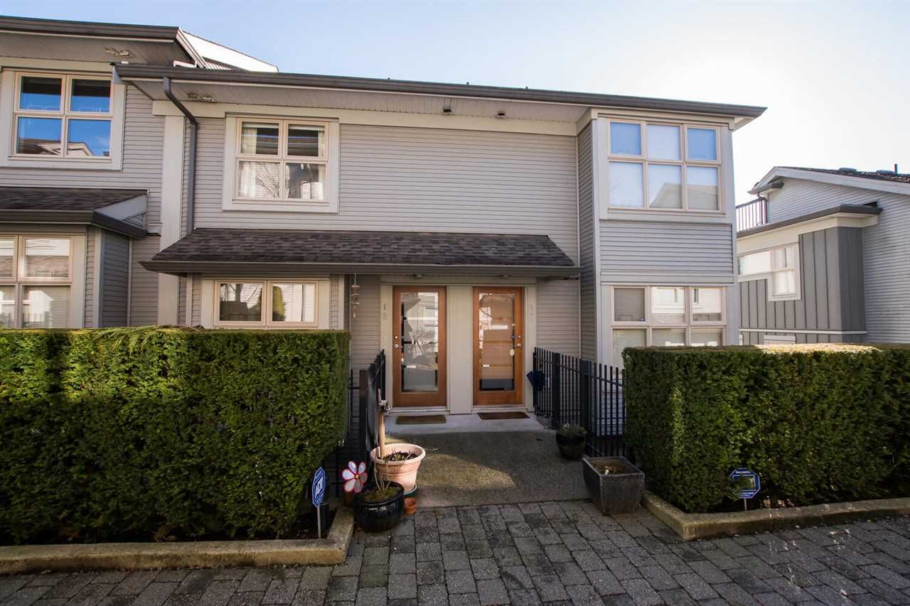 """Main Photo: 18 3855 PENDER Street in Burnaby: Willingdon Heights Townhouse for sale in """"ALTURA"""" (Burnaby North)  : MLS®# R2544353"""