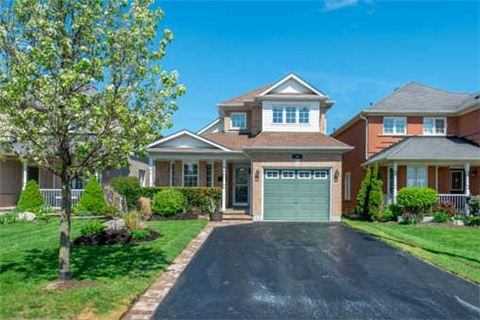 Photo 12: Photos: 53 N Lady May Drive in Whitby: Rolling Acres House (Bungaloft) for sale : MLS®# E3206710