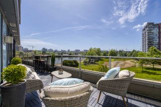 Main Photo: 303 8 SMITHE Mews in Vancouver: Yaletown Condo for sale (Vancouver West)  : MLS®# R2532281