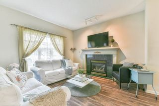 """Photo 3: 31 8675 209 Street in Langley: Walnut Grove House for sale in """"SYCAMORES"""" : MLS®# R2286923"""