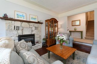 Photo 5: 3340 Mary Anne Cres in : Co Triangle House for sale (Colwood)  : MLS®# 876484