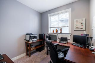 """Photo 23: 2327 CAMERON Crescent in Abbotsford: Abbotsford East House for sale in """"DEERWOOD ESTATES"""" : MLS®# R2531839"""