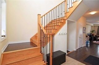 Photo 8: 572 Murray Meadows Place in Milton: Clarke House (2-Storey) for lease : MLS®# W5384534