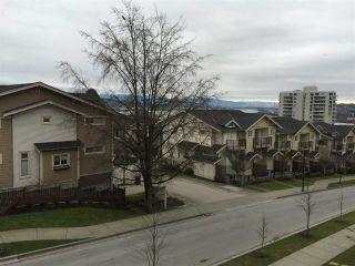 """Photo 5: 313 250 FRANCIS Way in New Westminster: Fraserview NW Condo for sale in """"THE GROVE"""" : MLS®# R2027095"""
