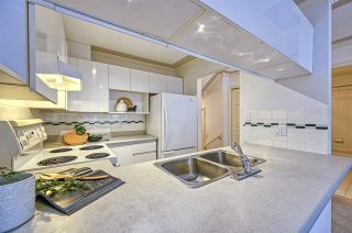 """Photo 11: 212 3638 W BROADWAY in Vancouver: Kitsilano Condo for sale in """"Coral Court"""" (Vancouver West)  : MLS®# R2543062"""