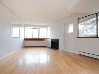 """Photo 2: 5 1115 W 10TH Avenue in Vancouver: Fairview VW Townhouse for sale in """"THE BEST DEAL IN FAIRVIEW!"""" (Vancouver West)  : MLS®# V1093253"""