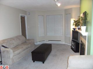 """Photo 3: 204 9948 151ST Street in Surrey: Guildford Condo for sale in """"WESTCHESTER PLACE"""" (North Surrey)  : MLS®# F1102325"""