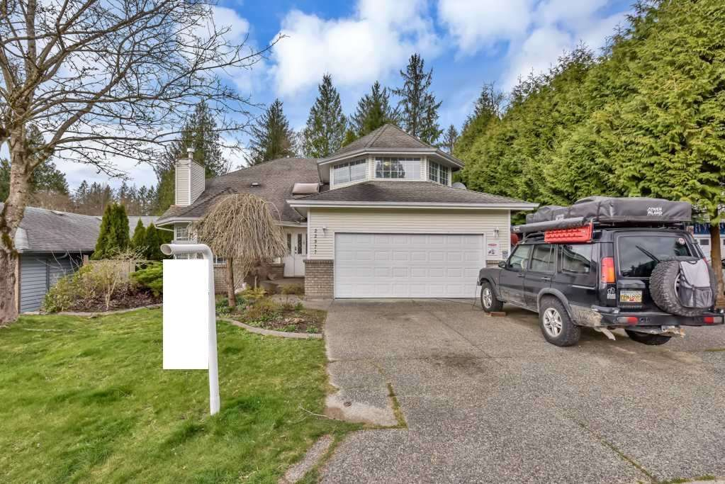 Main Photo: 22977 126 Avenue in Maple Ridge: East Central House for sale : MLS®# R2558273