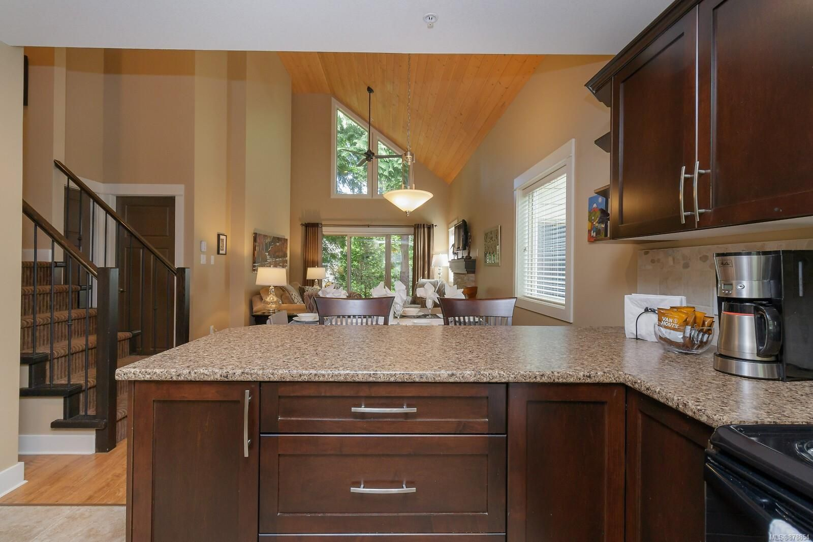 Photo 19: Photos: 223 1130 Resort Dr in : PQ Parksville Row/Townhouse for sale (Parksville/Qualicum)  : MLS®# 878854