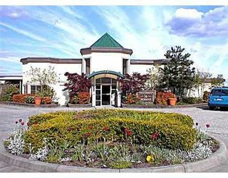 """Photo 1: 406 74 RICHMOND ST in New Westminster: Fraserview NW Condo for sale in """"Governors Court Apartments"""" : MLS®# V573054"""