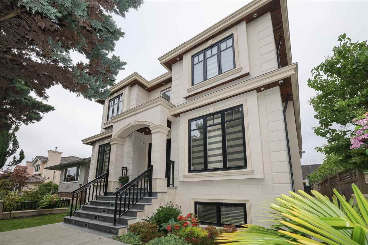 Main Photo: 6076 INVERNESS Street in Vancouver: South Vancouver House for sale (Vancouver East)  : MLS®# R2584381