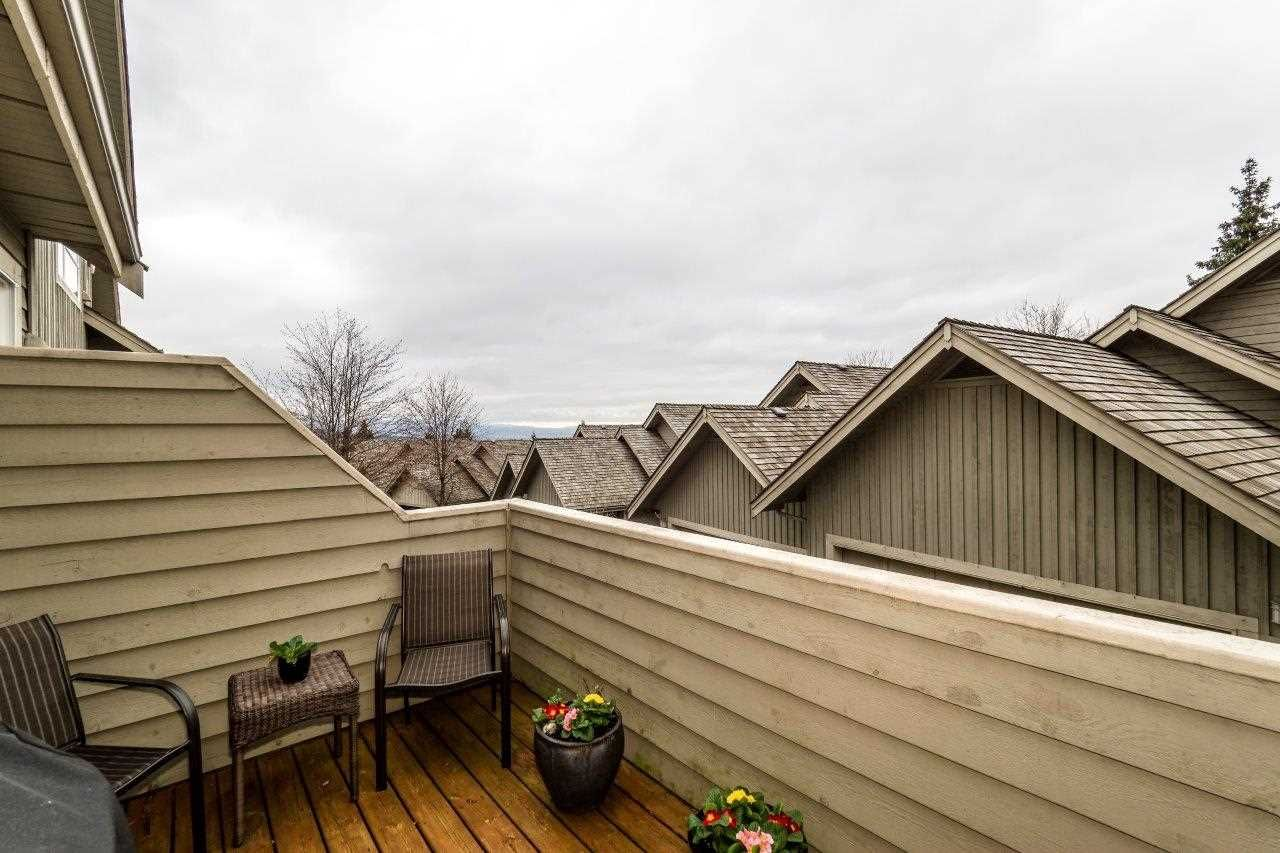 """Photo 10: Photos: 201 1465 PARKWAY Boulevard in Coquitlam: Westwood Plateau Townhouse for sale in """"SILVER OAK"""" : MLS®# R2249659"""