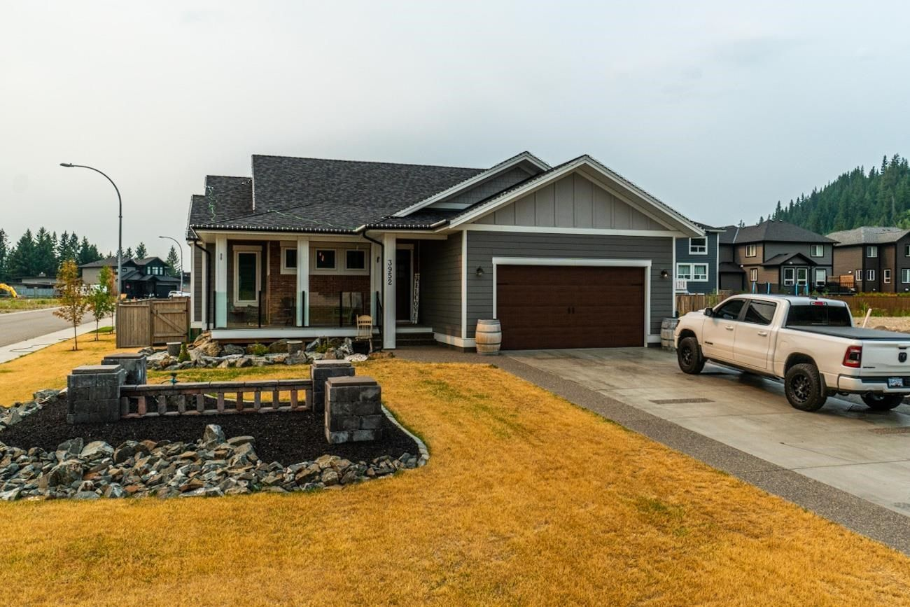 Main Photo: 3952 LARISA Court in Prince George: Edgewood Terrace House for sale (PG City North (Zone 73))  : MLS®# R2602458
