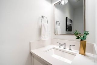 """Photo 11: 30 E 12TH Avenue in Vancouver: Mount Pleasant VE Townhouse for sale in """"West of Main"""" (Vancouver East)  : MLS®# R2617035"""