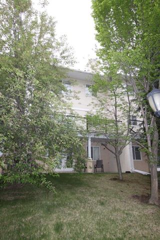 Photo 43: 11 Sierra Morena Landing SW in Calgary: Signal Hill Semi Detached for sale : MLS®# A1116826