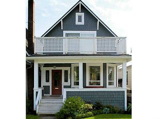 Photo 1: 231 E 4TH ST in North Vancouver: Lower Lonsdale House for sale : MLS®# V1030021