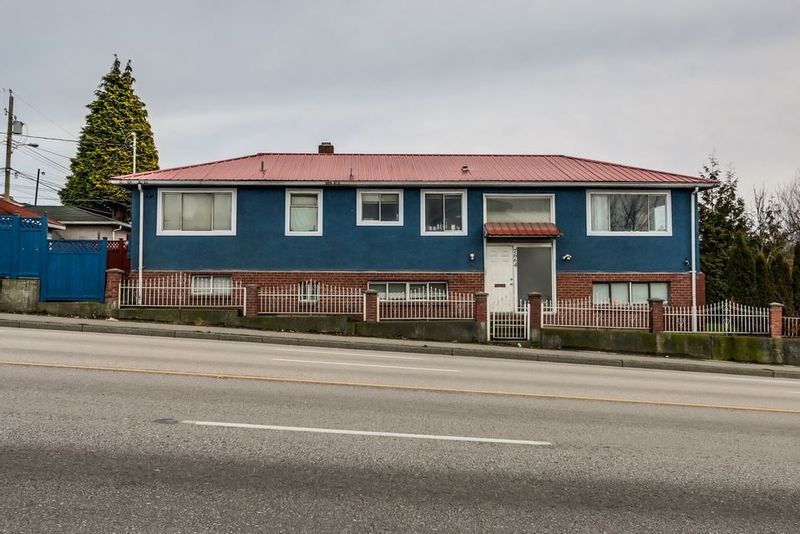 FEATURED LISTING: 7664 KNIGHT Street Vancouver