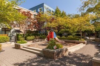 """Photo 31: 1409 W 7TH Avenue in Vancouver: Fairview VW Townhouse for sale in """"Sienna @ Portico"""" (Vancouver West)  : MLS®# R2623032"""