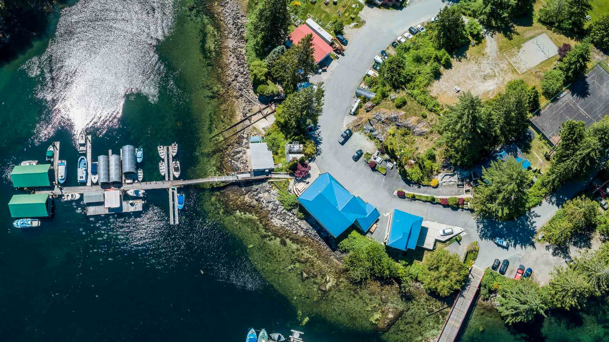 Photo 4: Photos: 6781 BATHGATE Road in Egmont: Pender Harbour Egmont House for sale (Sunshine Coast)  : MLS®# R2593981