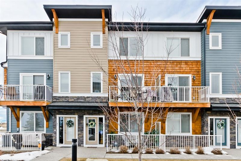 FEATURED LISTING: 40 - 111 Rainbow Falls Gate Chestermere