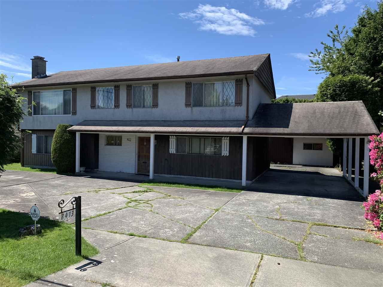 Main Photo: 8413 DELAWARE Road in Richmond: Woodwards House for sale : MLS®# R2372031