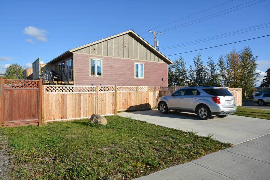 Main Photo: 8016 93 Avenue in FT ST JOHN: Fort St. John - City SE 1/2 Duplex for sale (Fort St. John (Zone 60))  : MLS®# R2002055
