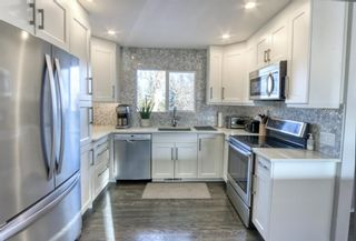 Photo 11: 42 Hays Drive SW in Calgary: Haysboro Detached for sale : MLS®# A1095067