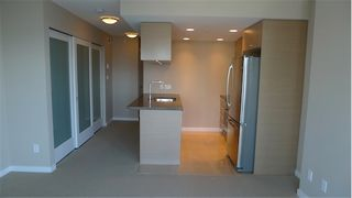 """Photo 10: 2210 833 SEYMOUR Street in Vancouver: Downtown VW Condo for sale in """"Capitol Residences"""" (Vancouver West)  : MLS®# V1056277"""