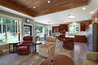 Photo 7: 3809 Woodland Dr in : CR Campbell River South House for sale (Campbell River)  : MLS®# 871866