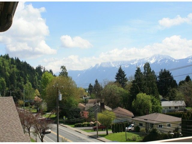 "Main Photo: 407 46693 YALE Road in Chilliwack: Chilliwack E Young-Yale Condo for sale in ""THE ADRIANNA"" : MLS®# H1300189"