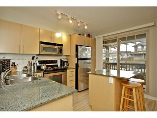 """Photo 6: 72 19250 65TH Avenue in Surrey: Clayton Townhouse for sale in """"SUNBERRY COURT"""" (Cloverdale)  : MLS®# F1302925"""