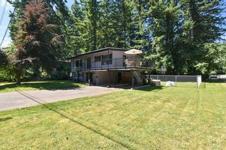"""Photo 1: 3293 BEVERLEY Crescent in Abbotsford: Abbotsford East House for sale in """"Ten Oaks"""" : MLS®# R2596696"""
