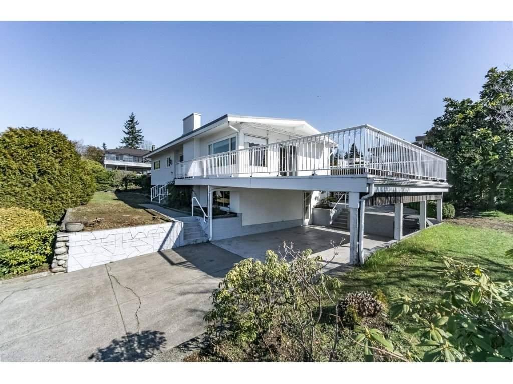 Main Photo: 343 RICHARD Street in Coquitlam: Coquitlam West House for sale : MLS®# R2247858